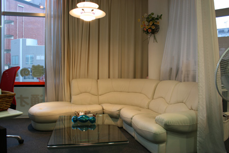 100818_itbizsama_sofa